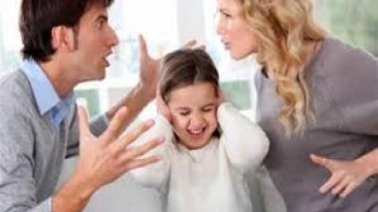 تحذير من العزلة الذاتية الطويلة وانعكاساتها على العلاقات الأسرية!