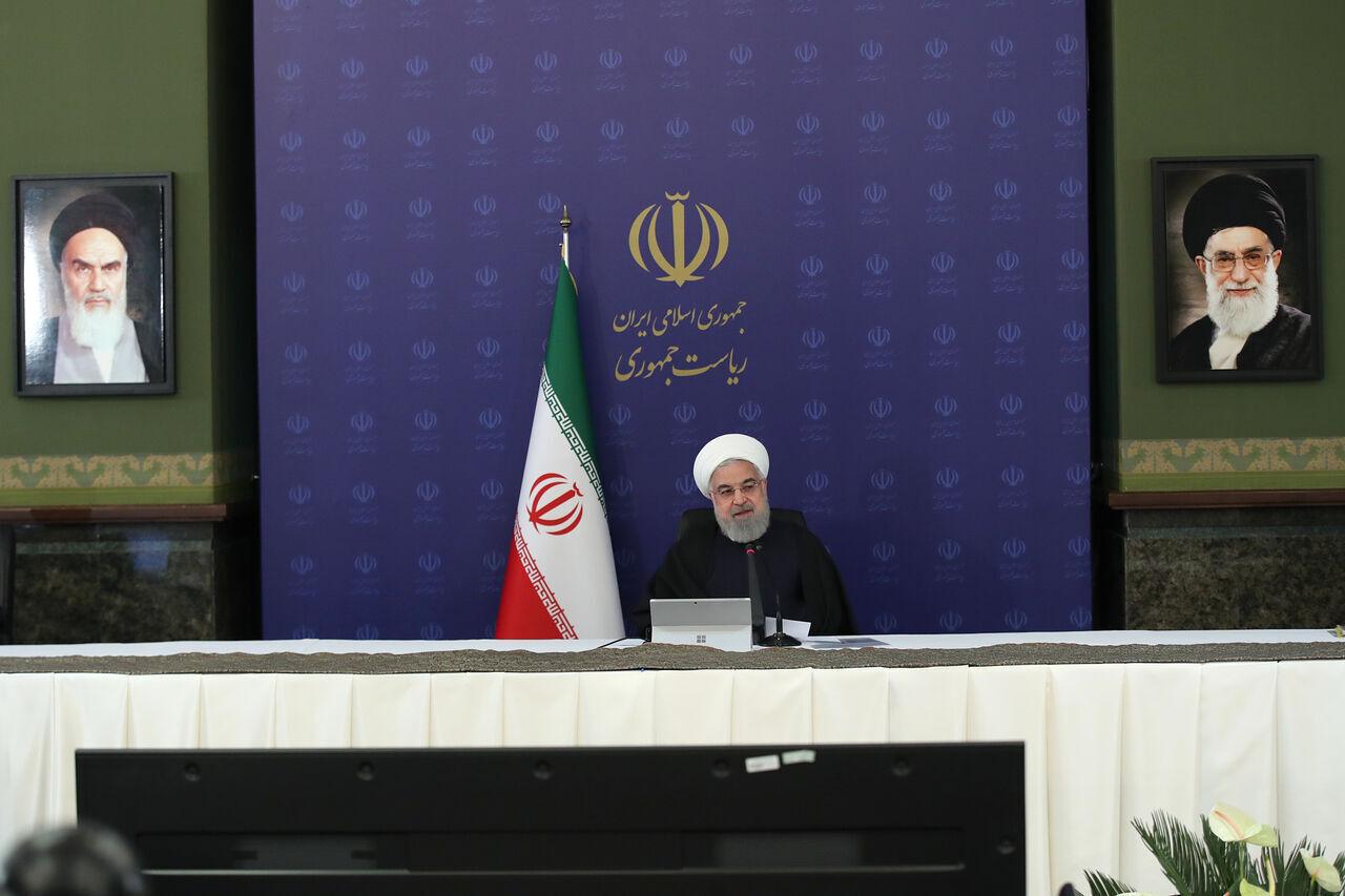 الرئيس روحاني : لاينبغي ان نتصور ان المواجهة مع كورونا قد انتهت