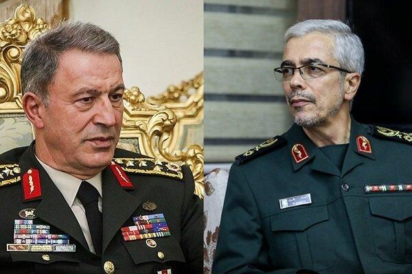 وزير الدفاع التركي يشيد بانجازات ايران في مواجهة كورونا