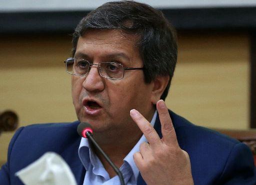 محافظ البنك المركزي الايراني يعلن عن منح قروض ميسرة لـ 23 مليون اسرة
