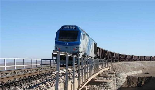 إكمال مشروع سككي كبير في شمال غرب ايران قريباً