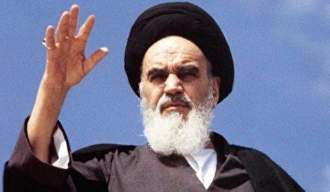 مفكر روسي: تاريخ العالم تغيّر بعد انتصار الثورة الاسلامية في ايران