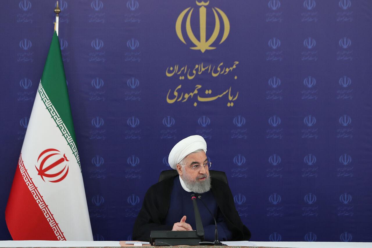 الرئيس روحاني : الشعب الايراني لن يركع امام الضغوط