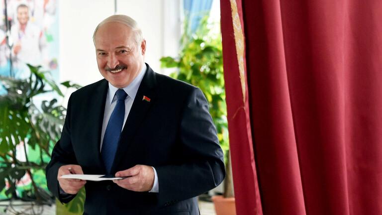 لوكاشينكو يتصدر النتائج الأولية في انتخابات بيلاروس
