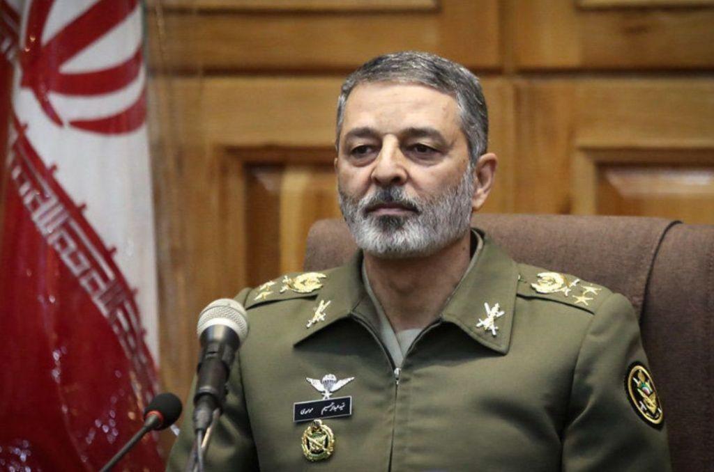 القائد العام للجيش: يجب مراقبة تحركات العدو بمزيد من الدقة والحساسية