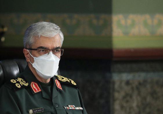 اللواء باقري: بعد مناوراتنا الناجحة العدو يعلن أن وجوده دفاعي
