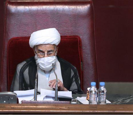 آية الله جنتي: الجمهورية الإسلامية الرائدة في نقل رسالة الإسلام إلى العالم