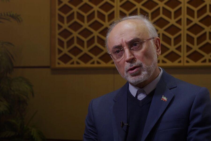 صالحي: كلمة ايران النهائية هي فتوى قائد الثورة بحرمة القنبلة النووية