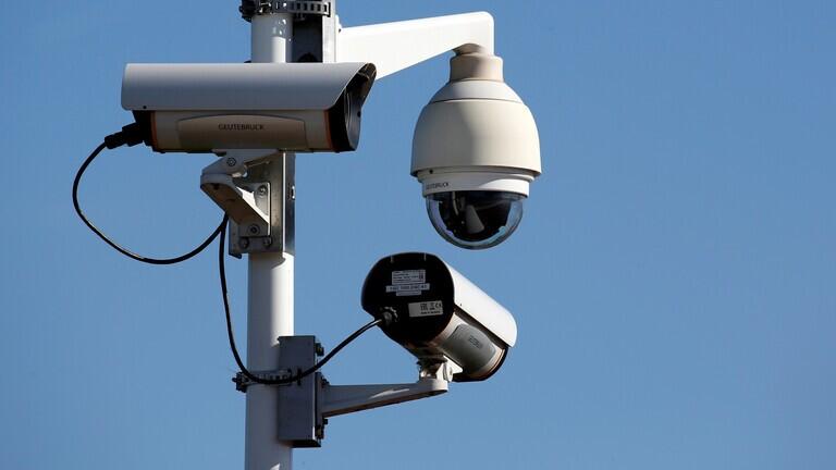 قراصنة يخترقون 150 ألف كاميرا مراقبة في عدد من الدول ويستحوذون على بياناتها