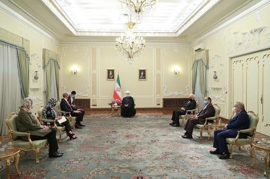 الرئيس روحاني: على كافة الاطراف المعنية بالاتفاق النووي الالتزام بتنفيذ قرار 2231