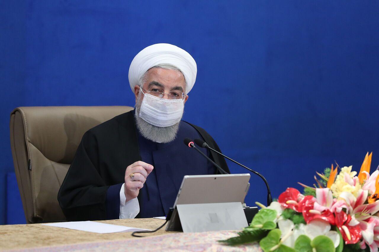 الرئيس روحانی: تلاحم الشعب الإيراني ساهم في مواجهة كورونا والضغوط الاقتصادية