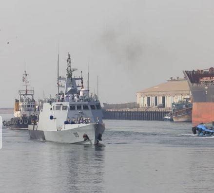 الجيشان الإيراني والباكستاني يعملان معا لإحلال السلام والأمن البحري