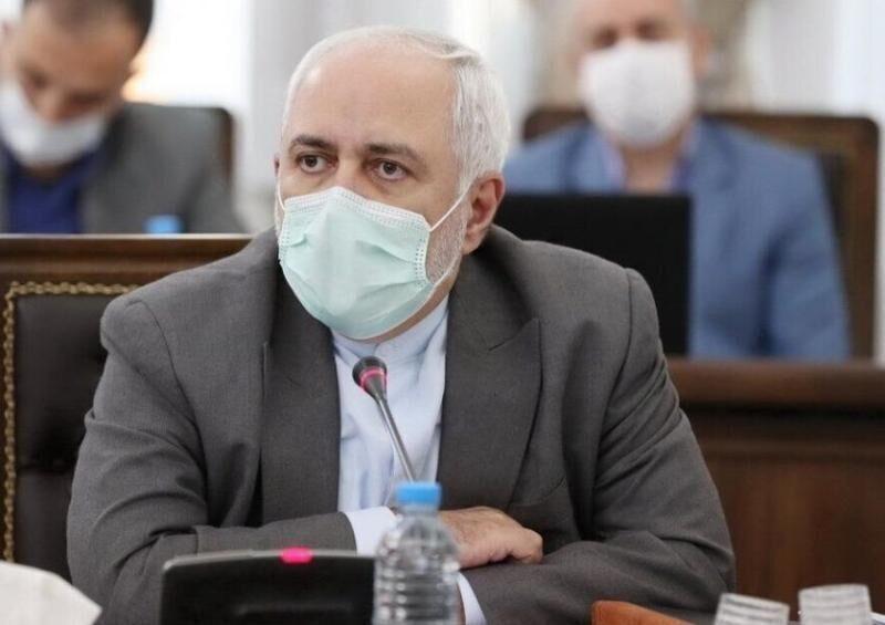 ظريف : طلبت من فرنسا ان تلتزم بتعهداتها قبال الاتفاق النووي