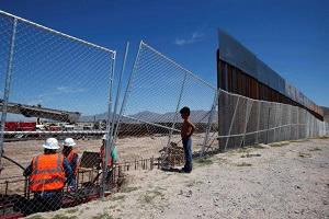 U.S.-Mexico crisis deepens as Trump aide floats border tax idea