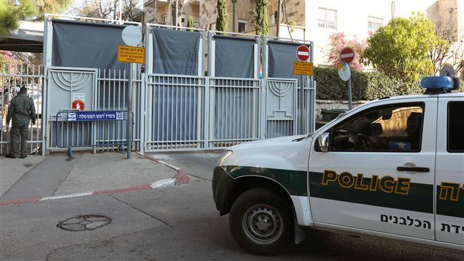 Israeli police interrogate Netanyahu for hours in graft probe