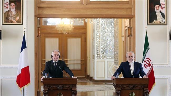 Iran warns US against politicizing defense program