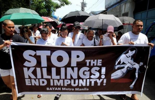 Philippine anti-narcotics chief warns of drugs war slowdown, police target assassins