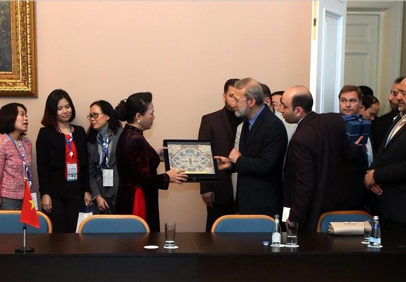 Iran, Vietnam stress boosting bilateral economic ties