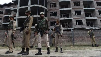 Three Kashmiri civilians dead as Indian, Pakistani troops exchange fire
