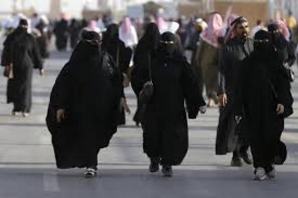 Saudi Arabia to let women enter sports stadiums in 2018