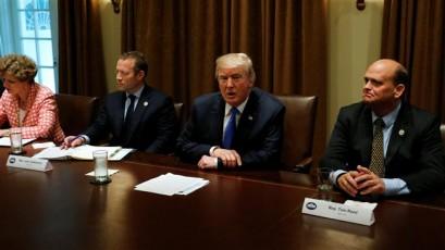 'Trump quietly asks Congress to save Iran deal'