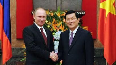 Russian president Putin arrives in Vietnam for 25th APEC summit