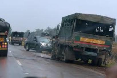 Zimbabwe army says takes power, Mugabe 'safe and sound'