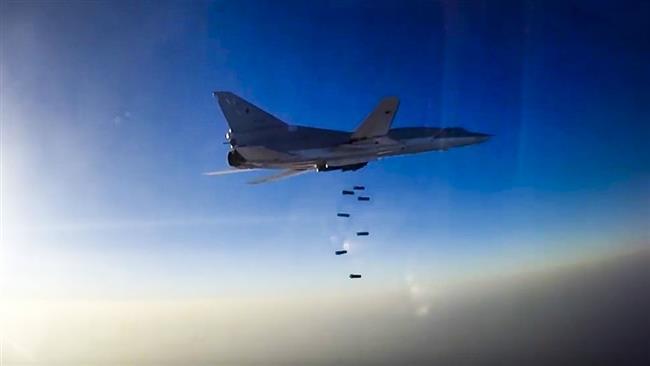 Russian bombers strike Daesh-held Bukamal in eastern Syria