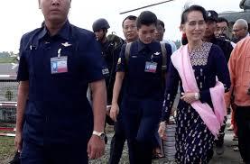 Myanmar's Suu Kyi visits troubled Rakhine border district: witness