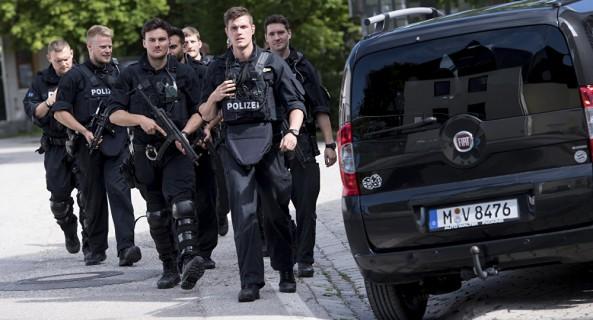 At Least 15 Policemen Injured in Clashes With Kurdish Activists in Dusseldorf
