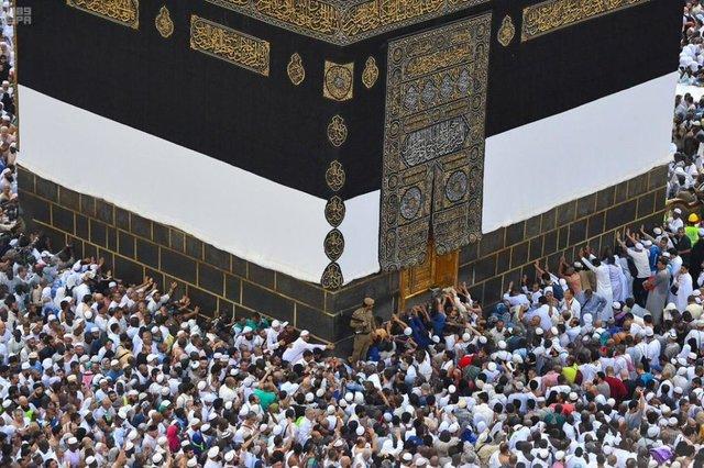 Iran, Saudi Arabia to discuss main Hajj in December