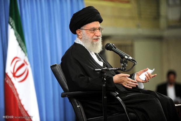 Iranians meet with Ayatollah Khamenei
