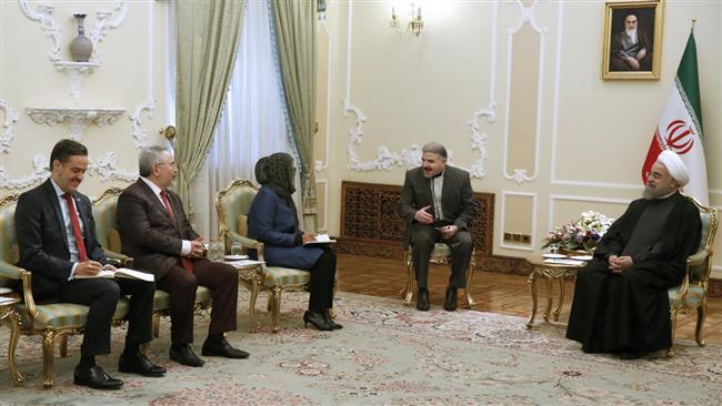AM members must unite against unilateralism: Iranian president