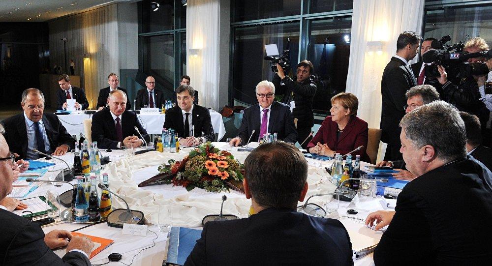 Kremlin says leaders of Germany, France, Russia, Ukraine to hold talks soon