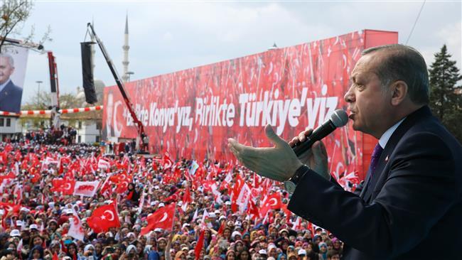 Turkey's Erdogan denounces OSCE report on referendum campaign atmosphere