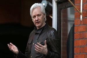 Assange defies plea to avoid Ecuador politics