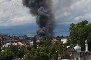 Philippine military bombard Marawi city in battle on Daesh militants