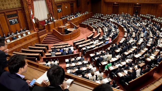 Japan ratifies bill to allow emperor's abdication