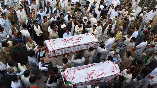 Militants shoot dead four members of Shia family in southwestern Pakistan