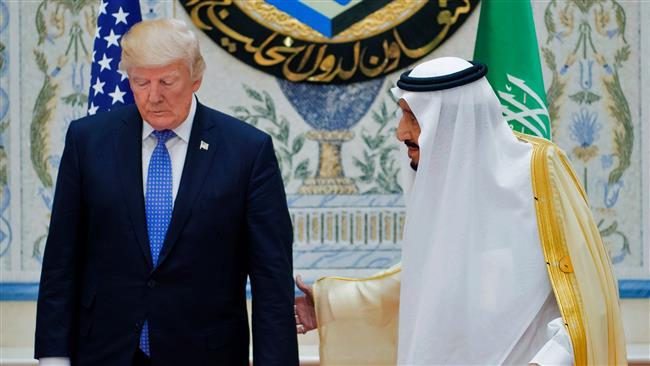 Trump urges Salman to find solution to standoff with Qatar
