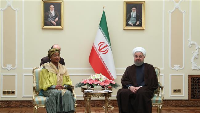 Rouhani says Tehran-Pretoria cooperation important for world peace