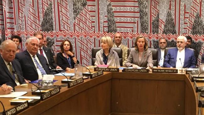 Zarif, P5+1 representatives discuss nuclear deal