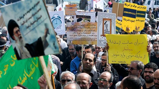 Iranian worshipers stage massive rallies, condemning Trump's hostile speech in UN