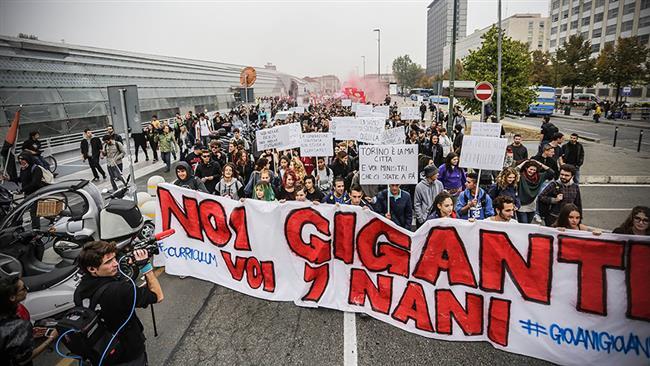 Italian police, anti-G7 protesters clash in Turin