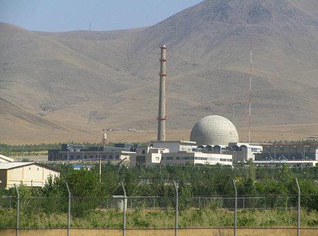 Iran to start building modernized Arak reactor early 2019
