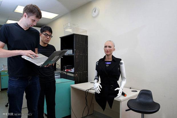 Lifelike robots in Hong Kong