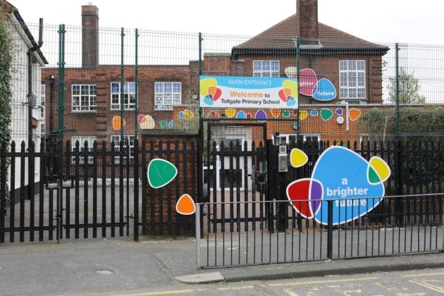 London primary school backs down over Hijab ban