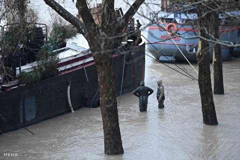 Flood in Paris