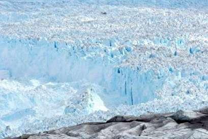 Survey explains strange glacial behavior in Greenland