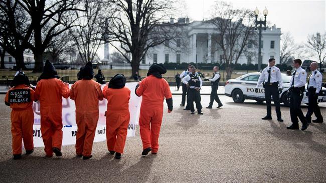 Ex-US officials warn Trump over keeping Guantánamo open